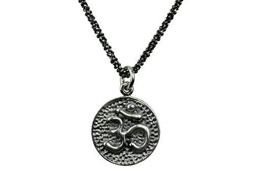 SILBERMOOS Anhänger mit Kette Om-Zeichen rund glänzend strukturiert rhodiniert mit Criss-Cross-Kette 45 cm geschwärzt diamantiert 925 Sterling Silber