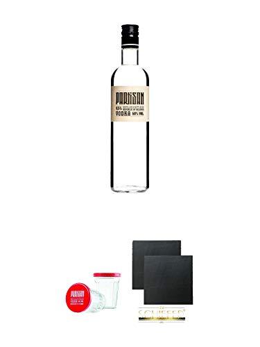 Partisan Vodka 50 Prozent 0,5 Liter + Partisan Sto Gramm Wodka Glas 10 cl mit Deckel 2 Stück + Schiefer Glasuntersetzer eckig ca. 9,5 cm Ø 2 Stück