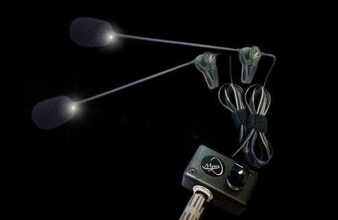 Die feather-2 Akkordeon-Tonabnehmer mit 2 flexible micro-gooseneck Mikrofone von Myers Pickups