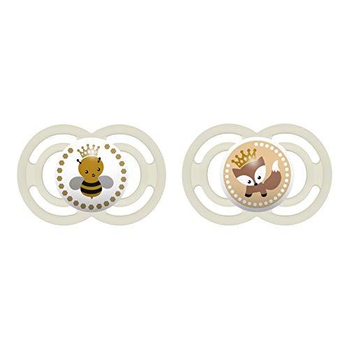 MAM Perfect Schnuller im 2er Set, für eine gesunde Zahn- und Kieferentwicklung, Baby Schnuller aus speziellem MAM SkinSoft Silikon mit Schnullerbox, 6-16 Monate, Biene/Fuchs