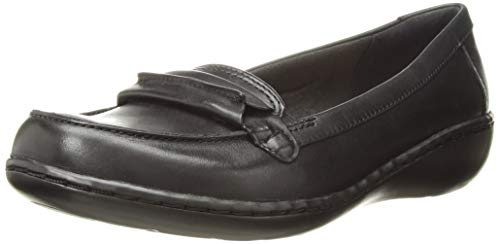 CLARKS Womens Ashland Lily Loafer,black leather,9 M US