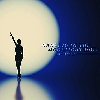 Dolls dancing in the moonlight