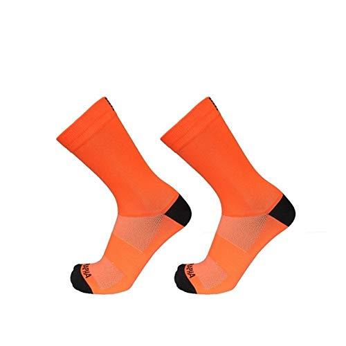 IN THE DISTANCE Unisex Ciclismo de Carretera Calcetines Calcetines de Bicicletas Profesional del Equipo Temporada cómodos Calcetines de compresión Transpirables (Color : Orange)