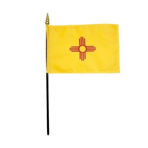 Empire Nouveau-Mexique 1925 State Hand Held Desk Dessus de Table Drapeau en Polyester 10,2 x 15,2 cm du Personnel 25,4 cm Plastique Noir avec Doré Spear Tip (lot DE 12)