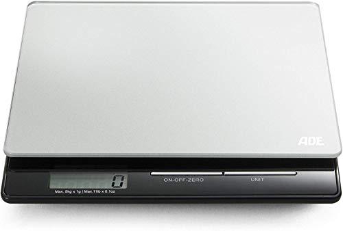 ADE digitale keukenweegschaal KE 1215 Franzi. Compacte, elektronische weegschaal voor keuken en huishouden. Nauwkeurig wegen tot 5 kg, ook voor vloeistoffen. Met LCD-display. Inclusief batterij. zilver/zwart.