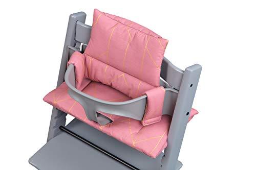 KraftKids Hochstuhl Sitzkissen aus 100% Baumwolle, multifunktional verwendbare Sitzauflage für Babystühle passend für Stokke TrippTrapp in goldene Linien auf Rosa, handgefertigt in der EU