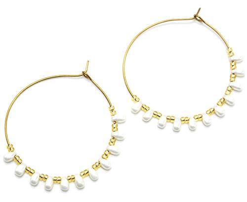 BO1956 - Boucles d'Oreilles Créoles Acier Doré avec Perles Blanches Nacre