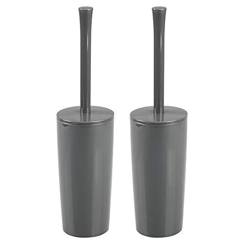 mDesign Juego de 2 portaescobillas de baño en plástico – Estrecho escobillero con escobilla de váter para el cuarto de baño o el aseo – Práctica escobilla de baño con soporte de pie – gris piz