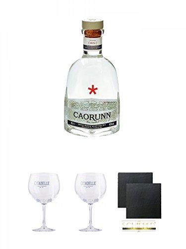 Caorunn Small Batch Premium Gin Schottland 0,7 Liter + Citadelle Ballon GIN Glas 1 Stück + Citadelle Ballon GIN Glas 1 Stück + Schiefer Glasuntersetzer eckig ca. 9,5 cm Ø 2 Stück