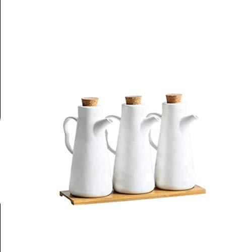 KOIUJ Botella de aceite ajustado, cerámica Aceite y Vinagre dispensador de condimentos Contenedores Sin goteo Vertedor Boquilla con bandeja de bambú, mármol, Color: Blanco
