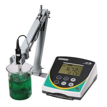 """Oakton pH 700 Benchtop Meter with""""All-in-One"""" pH Electrode"""