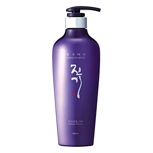 Daeng Gi Meo Ri Jin Gi Vitalizing Shampoo 500 ML Anti Dandruff and Itchiness Made In Korea (Shampoo)