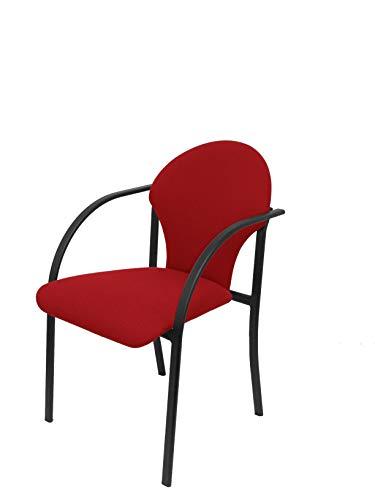 Silla confidente ergonómica con brazos fijos incorporados, apilable y estructura en color negro - Asiento y respaldo tapizados en tejido ARAN color rojo Piqueras y Crespo Modelo Madrigueras