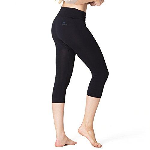 Beauty Sleep Leggings ALHENA | Anti-Cellulite Schlaf-Hose | 3/4 Capri Shorts | reduziert Hautunregelmäßigkeiten | 3X weicher als Baumwolle | Hautpflege & Thermoregulierung für die Nacht (Schwarz, M)