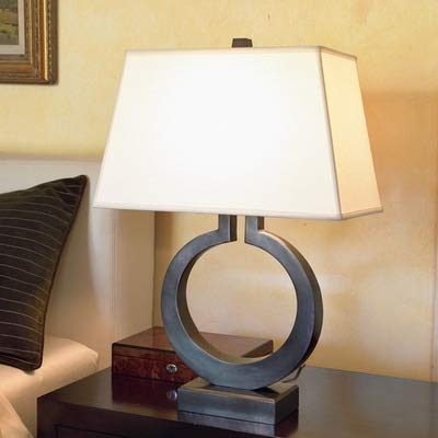 Lámpara de mesa moderna y sencilla de hierro dorado para sala de estar, dormitorio, estudio, decoración de escritorio, luz E27, lámpara nórdica de mesita de noche (color de la pantalla: negro)