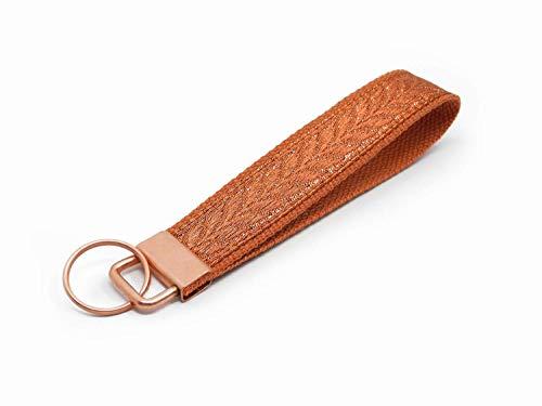 Schlüsselanhänger mit geometrischem Muster   Farbe: Rost-Kupfer   Baumwolle & Jacquardborte   Maße: 15 x 2.5 cm