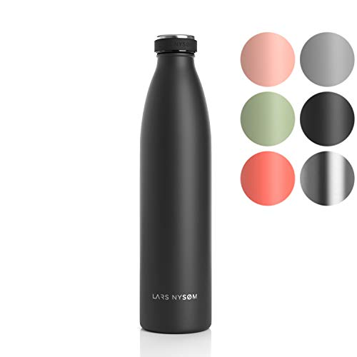 LARS NYSØM Edelstahl 1 Liter Trinkflasche   BPA-freie Isolierflasche 1000ml   Auslaufsichere Wasserflasche für Sport, Fahrrad, Hund, Baby, Kinder (1000ml, Onyx Black)