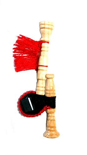 Gaita gallega con imán, en madera de fresno lacado al natural, fuelle de fieltro negro con fleco rojo y un pequeño imán para la puerta de la nevera,ideal para gallegos nostálgicos por el mundo.