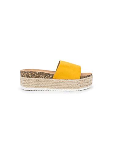 Sandalias amarillas de plataforma para verano