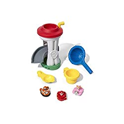 Paw Patrol themed water table includes three of your favourite characters Scoop, splash squirt and save the day with Ryder and friends! 3 year Scoop water and pour it into the Lookout Tower to get the spinner spinning Speed up the rescue by following...