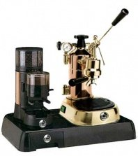 La Pavoni Messing Combo set 2: Handhebel Espressomaschine La Pavoni Professional PR, La Pavoni Kaffemühle JDR und la Pavoni Grundplatte.