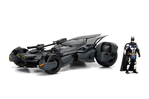 JADA TOYS 1/24スケール バットマン BATMAN バットモービル ジャスティス・リーグ バットマンフィギュア付き 完成品ダイキャストミニカー JADA99232
