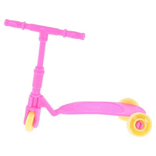 SUCHUANGUANG 7 Piezas/Set Trolley Case Raqueta de Tenis Auriculares Sombrero para el Sol Scooter Monopatín Bicicleta Miniaturas Casa de muñecas Accesorios Raqueta de Tenis de plástico