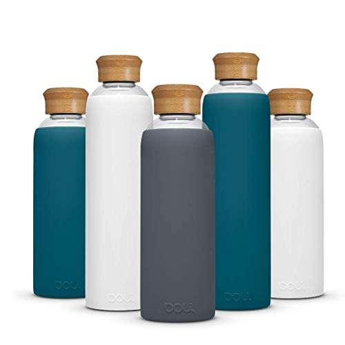 Doli Bottles Glasflasche 1 Liter 500ml I für Kohlensäure und spülmaschinengeeignet I 100% bpa-frei I Trinkflasche Glas 1l mit Schutzhülle und Schraubverschluss I Wasserflasche 1l (GRAU, 1L)