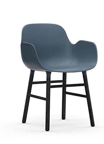 normann COPENHAGEN Form Armlehnstuhl Gestell schwarz (Sitz blau)