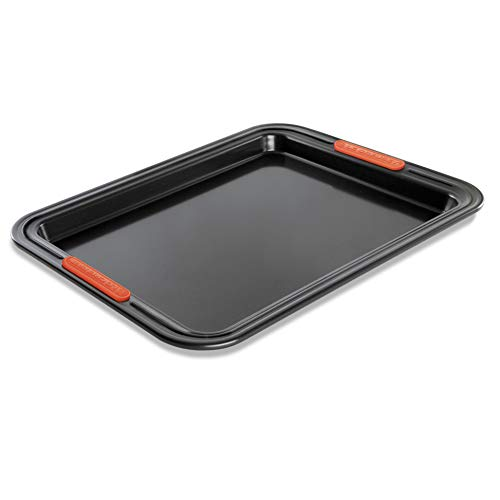 Le Creuset Toughened Non-Stick Bakeware Swiss Roll Tin - 33 cm