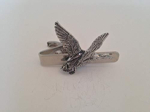B12 Lever Mallard English Pewter emblème sur une pince à cravate 4 cm fait à la main à Sheffield Livré avec prideindetails Boîte Cadeau