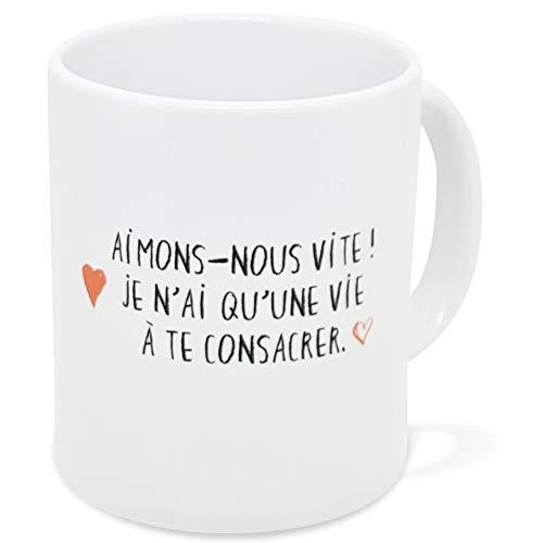 Taza con texto en inglés 'Amour Ami', diseño con texto en inglés 'Ami', ideal como regalo original para pareja, enamorados, hermanas, hermanas, madres, esposas, cumpleaños, San Valentín, Navidad, etc.