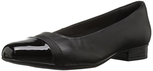 Clarks womens Juliet Monte Pump, Black Leather/Synthetic, 9 Wide US