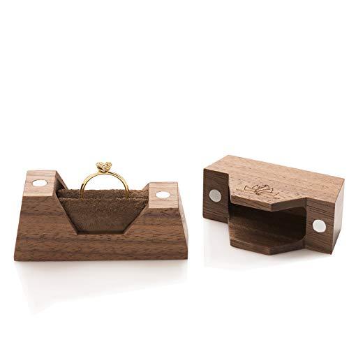 caja de madera para el anillo de compromiso | caja pequeña de anillos hecha a mano