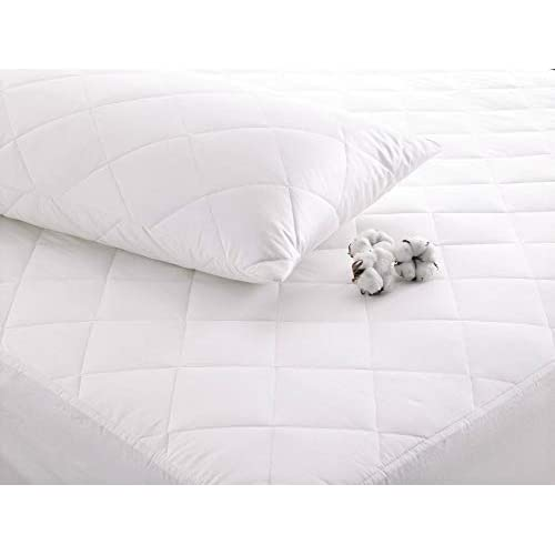 Gaveno Cavalia Extra Soft QUILTED MATTRESS PROTECTOR White 4 ft
