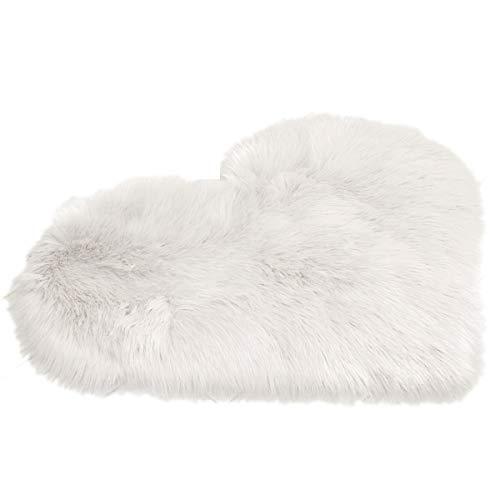 HelloCreate Alfombra de forro polar de piel sintética, con forma de corazón, para el hogar, dormitorio, oficina, dormitorio, dormitorio, dormitorio, piel sintética, color blanco