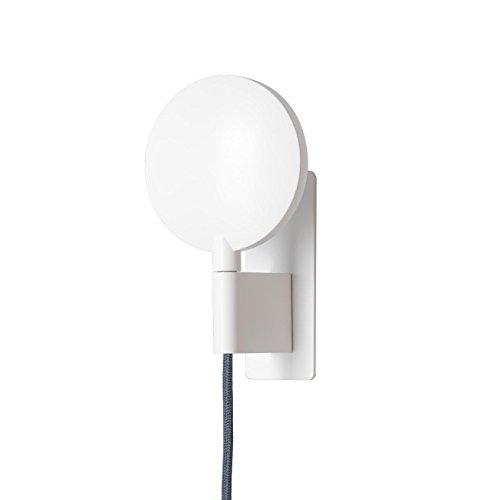 Maggy LED Wandleuchte, weiß RAL 9016 grau matt Kabel grau 2700K 450lm CRI<90 Gewinner des German Design Award 2017