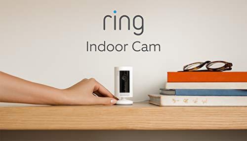 Presentamos la Ring Indoor Cam, una cámara de seguridad compacta, con alimentación por cable, resolución HD, comunicación bidireccional, color blanco, compatible con Alexa