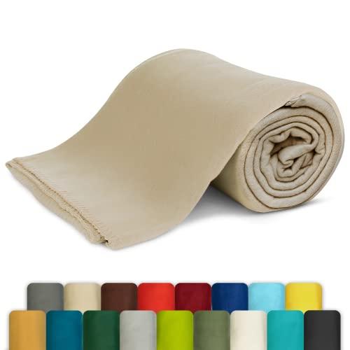 KiGATEX Polar-Fleecedecke - Leicht zu pflegene Decke für Innen und Außen - Tagesdecke, Sommerdecke, Sofadecke, Kuscheldecke aus Fleece - 130 x 160 cm - Sand