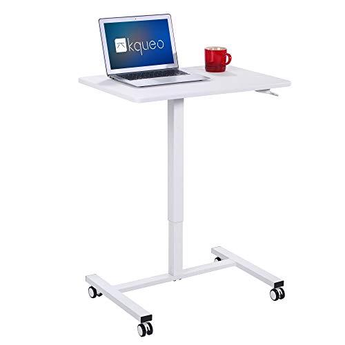 Kqueo - Escritorio de pie con bandeja de 69 x 48 cm, mesa para ordenador portátil con ruedas regulables en altura de 71 a 111 cm, color blanco