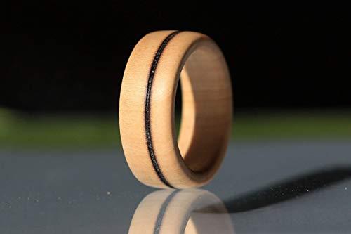 Handgemachter Ring aus Holz - Schmuck - Holzring aus Apfelholz