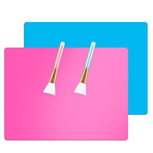 AIFUDA 2 tappetini multiuso in silicone extra large, antiaderenti per piano di lavoro, con 2 spazzole in silicone per artigianato, fusione di gioielli, bicchieri epossidici glitterati