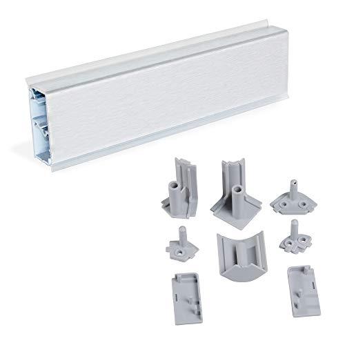 Emuca - Copete rectangular para cocina con accesorios para instalación, 4,7 m, plástico, anodizado satinado.