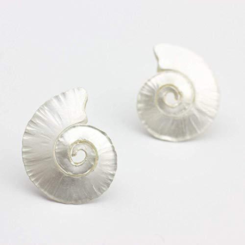 Ohrstecker Silber Spiral-Muschel gehämmerte Ohrringe maritimer handgemachter Goldschmied Schmuck