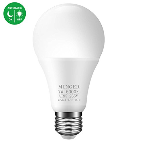 Dusk to Dawn Lights Bulb, Minger 7W Smart LED Bulbs with Auto on/Off, Indoor/Outdoor Lighting Lamp for Porch, Hallway, Patio, Garage (E26/E27, 600lumen, Cold White)