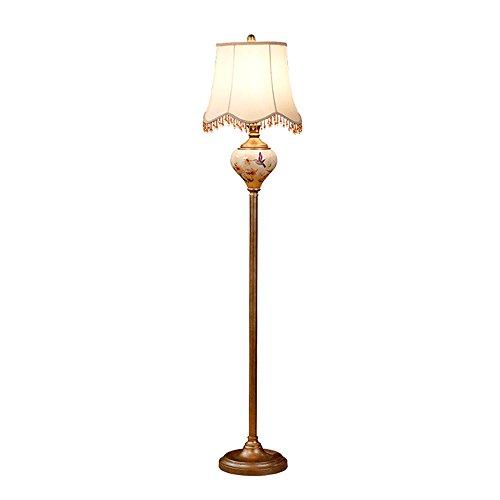 SXRKRZLB De Estilo Europeo, lámpara de pie Habitación Sala Americana de Lujo Creativo Sofá Simple cabecera Estudio lámpara de Mesa Vertical IKEA lámpara