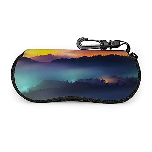 Tcerlcir Estuche para gafas Estuche para gafas Clourful Cloud para mujer Estuche para anteojos con mosquetón 17X8cm
