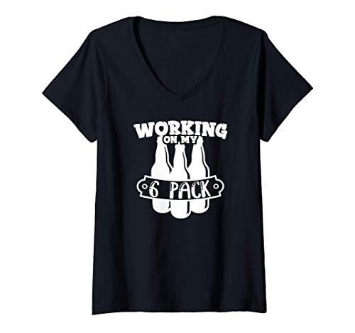Damen Ich arbeite an meinem Sechserpack Bier Lustiges Biertrinken T-Shirt mit V-Ausschnitt