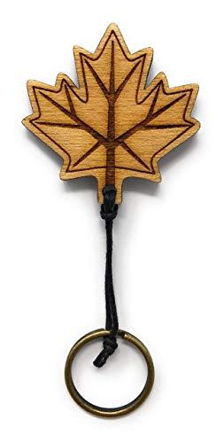 Schlüsselanhänger Ahorn Blatt aus Holz optional mit individueller persönlicher Gravur !