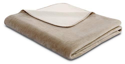 biederlack® flauschig-weiche Kuschel-Decke aus Baumwolle und Dralon I Made in Germany I Öko-Tex I nachhaltig produziert I Couch-Decke Cotton Doubleface in Palisade-Feder I Sofa-Decke in 150x200 cm